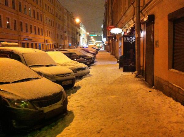 Возвращаюсь из салона домой. Спасский переулок. Мой самый любимый переулок в Петербурге =)